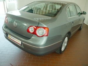 Volkswagen Passat B6 - back