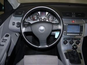 Volkswagen Passat B6 - dashboard