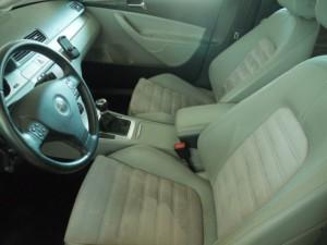 Volkswagen Passat B6 - front inside (2)