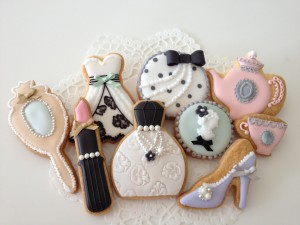 Fashion cookies by cbonbon2010 at Flickr.